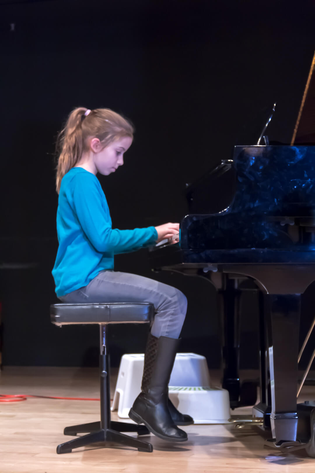 Upbeat Piano Recital Dec 17-0423