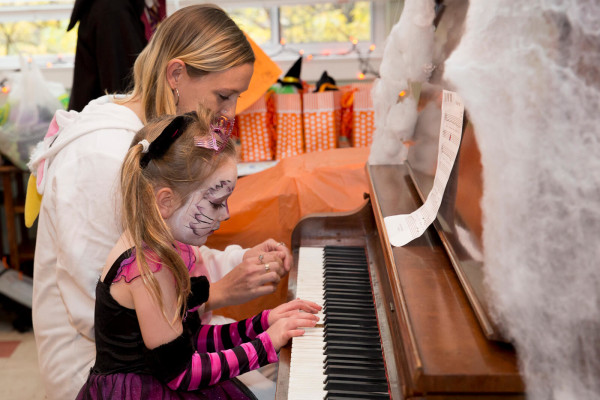 2015HalloweenRecital-small39-0060