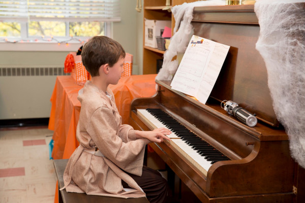 2015HalloweenRecital-small96-0129